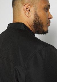 Burton Menswear London - BIG RACER JACKET - Summer jacket - black - 3