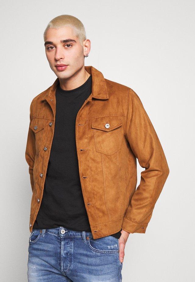 TRUCKER - Faux leather jacket - brown