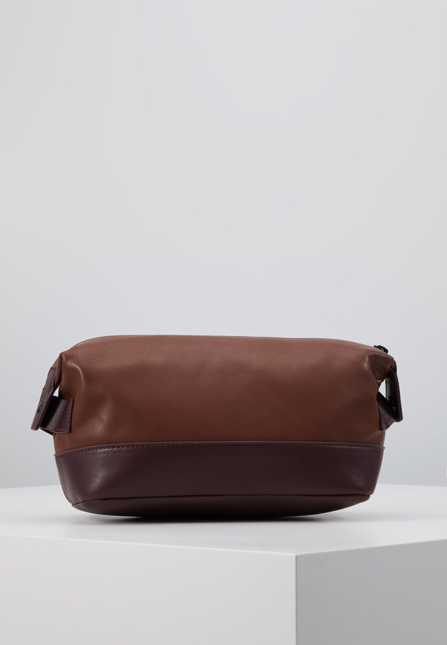 Burton Menswear London Vegan Washbag - Kosmetyczka Brown