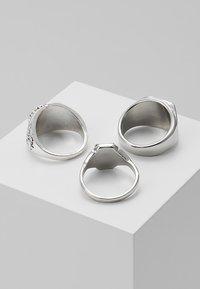 Burton Menswear London - ANIMAL MEGA SET - Prsten - silver-coloured - 2