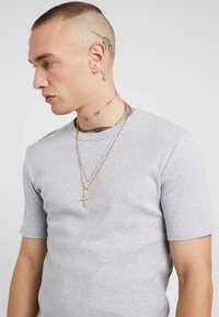 Burton Menswear London - CROSS AND DISC CHAIN MULTIROW - Collana - gold-coloured