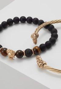 Burton Menswear London - LION BANGLE AND BEADS - Pulsera - gold-coloured/black - 4