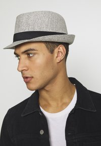 Burton Menswear London - TRILBY SMART - Cappello - grey - 1