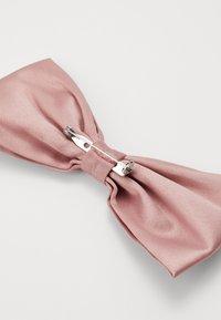 Burton Menswear London - DUSKY - Bow tie - pink - 1