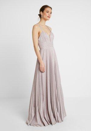 Suknia balowa - soft rose
