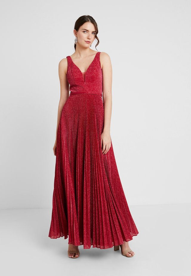 Occasion wear - rasberry