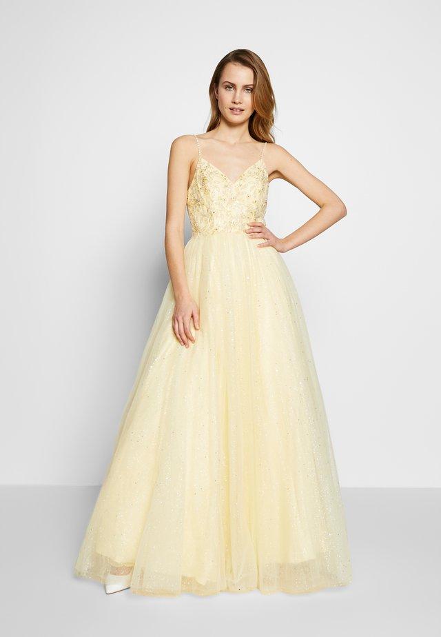 Suknia balowa - lemon