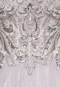 Mascara - Occasion wear - silver - 2