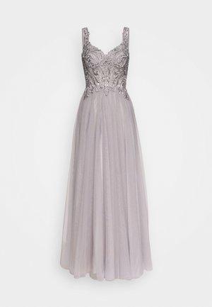 Vestido de fiesta - silver
