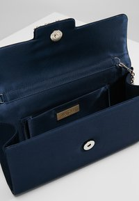 Mascara - Clutches - navy - 4