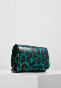 Mascara - Clutch - green - 3