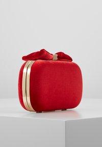 Mascara - Clutch - red - 3