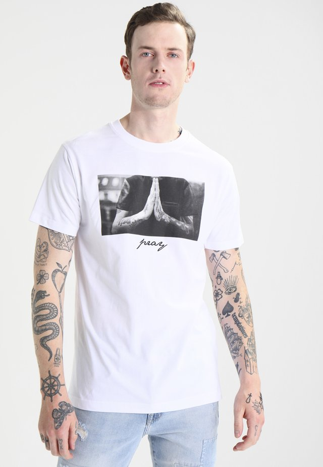 PRAY - Print T-shirt - white