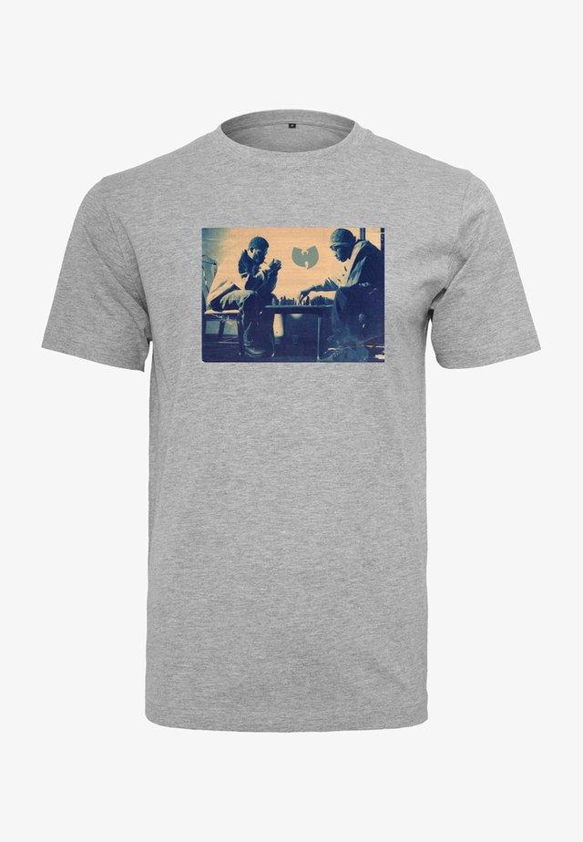 WU-WEAR CHESS - T-shirt imprimé - heather grey