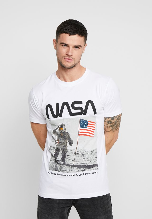 NASA MOON MAN TEE - T-shirt con stampa - white