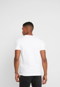 Mister Tee - OFF TEE - T-shirt print - white - 2