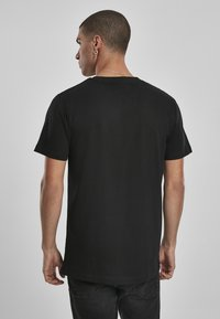 Mister Tee - CAN´T HANG WITH US  - T-shirt print - black - 2