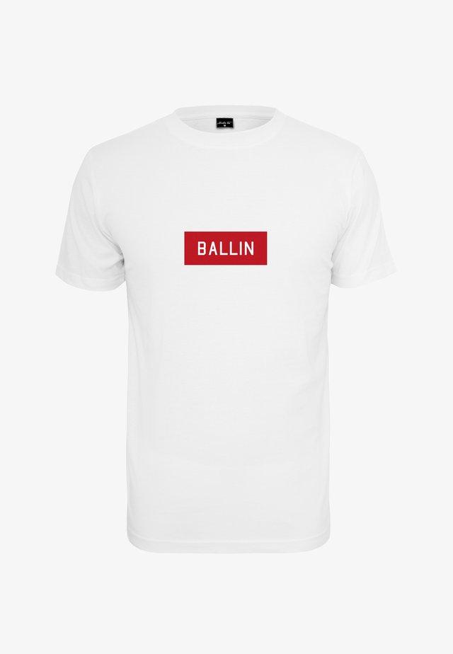 BALLIN BOX TEE - T-Shirt print - white