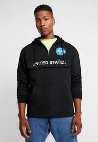 Mister Tee - NASA DEFINITION PULL OVER HOODY - Mikina s kapucí - black - 0