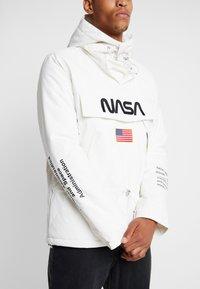 Mister Tee - NASA - Jas - white - 5