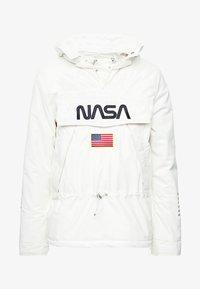 Mister Tee - NASA - Jas - white - 4