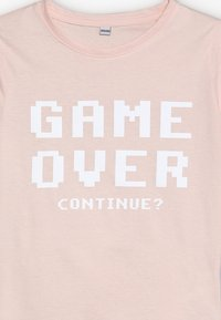 Mister Tee - KIDS GAME OVER TEE - Print T-shirt - rosa - 3