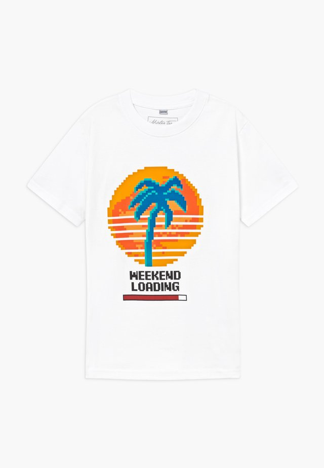 KIDS WEEKEND LOADING - Printtipaita - white