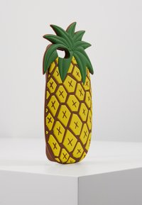 Mister Tee - PHONECASE PINEAPPLE I PHONE 6/7/8 - Handytasche - yellow - 4