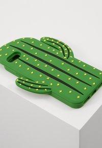 Mister Tee - PHONECASE CACTUS I PHONE  6/7/8 - Obal na telefon - green - 2