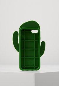 Mister Tee - PHONECASE CACTUS I PHONE  6/7/8 - Obal na telefon - green - 3