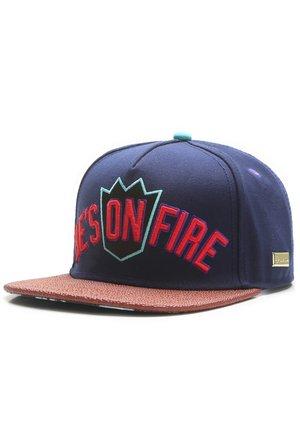 MISTER TEE CAP ON FIRE CAP - Cap - navy/mc