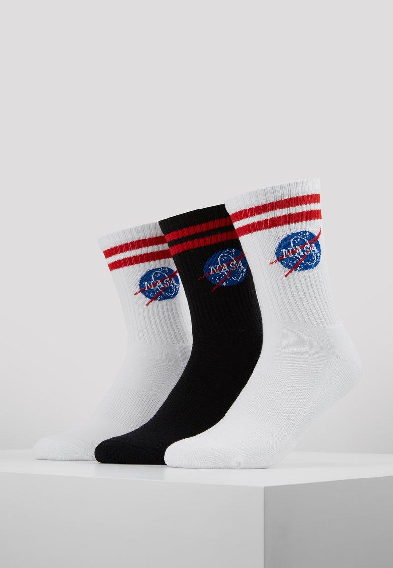 Mister Tee - NASA INSIGNIA 3 PACK - Socken - white/black/white