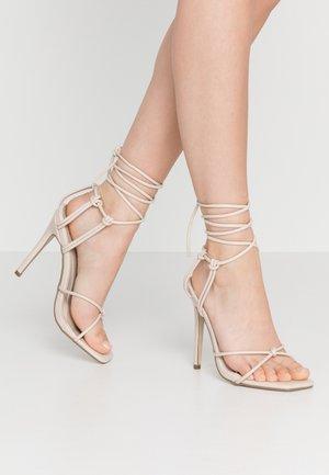 SUPER STRAPPY SQUARE TOE - Sandály na vysokém podpatku - nude