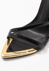 Missguided - TOE CAP STRAPPY BARELY THERE CROC - High heeled sandals - black - 2