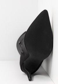 Missguided - STILETTO HEEL BOOT - High Heel Stiefel - black - 6