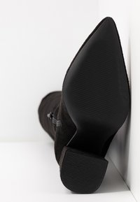 Missguided - BLOCK BOOT - High heeled boots - black - 6