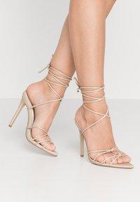 Missguided - POINTED TOE MINIMAL STRAP BARELY THERE - Sandaler med høye hæler - nude - 0