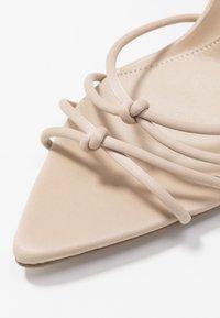 Missguided - POINTED TOE MINIMAL STRAP BARELY THERE - Sandaler med høye hæler - nude - 2