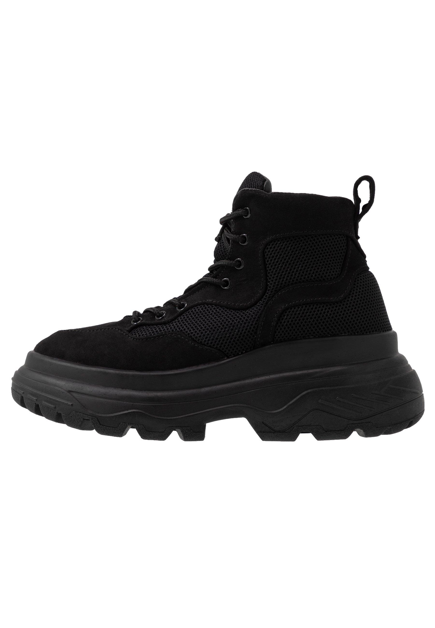 TRAINER - Höga sneakers - black