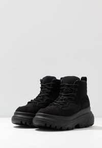 Missguided - TRAINER - High-top trainers - black - 4