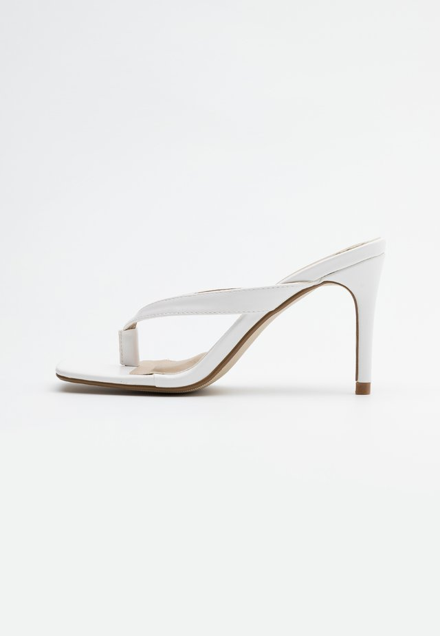 MID HEEL - High heeled sandals - white