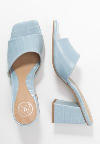 Missguided - CHUNKY SQUARE FRONT MULE - Pantofle na podpatku - blue - 3