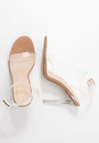 Missguided - STILETTO HEEL CLEAR BARELY THERE - High heeled sandals - nude - 3