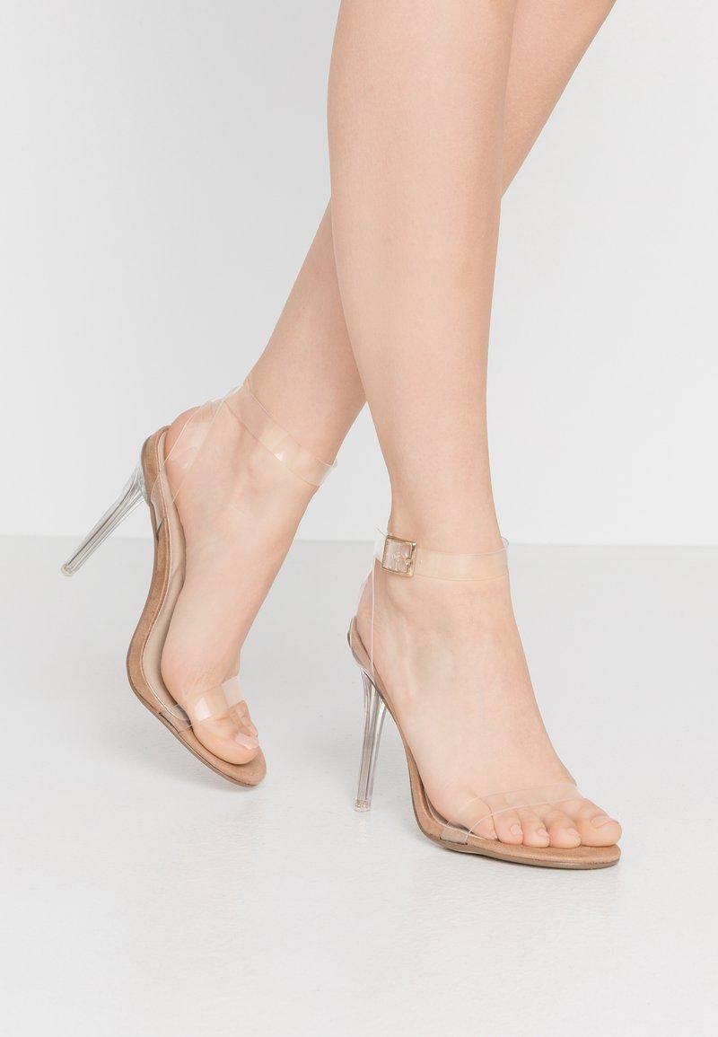 Missguided - STILETTO HEEL CLEAR BARELY THERE - Sandály na vysokém podpatku - nude