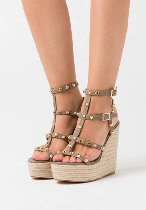 DOME STUD WEDGE - High heeled sandals - taupe
