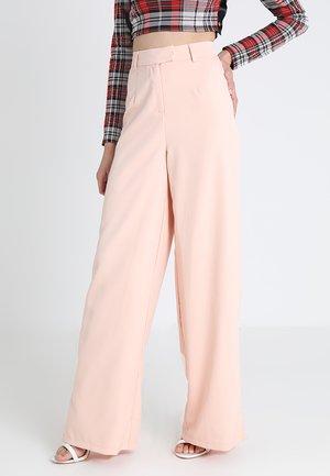 CORE WIDE LEG TROUSER - Kalhoty - nude