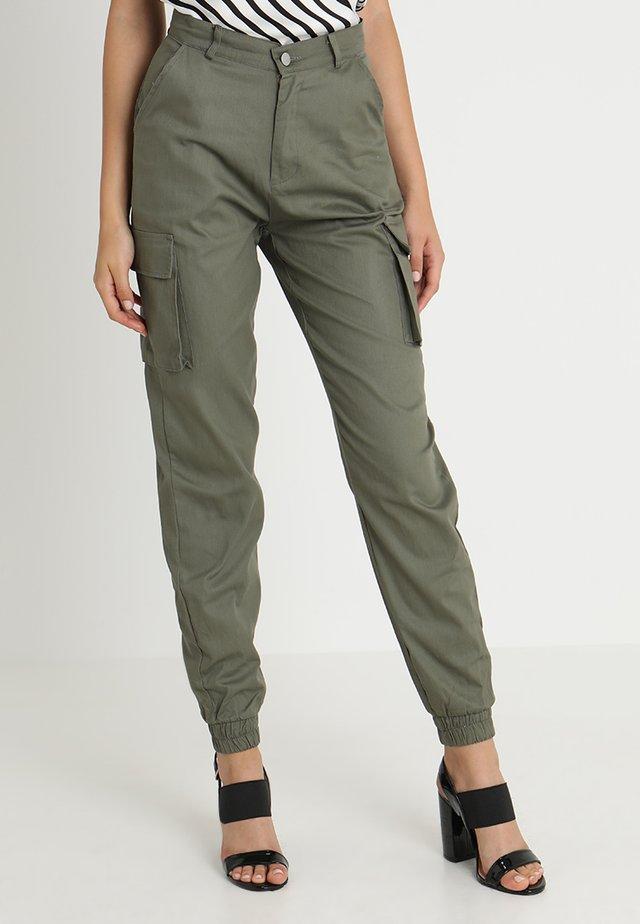 PLAIN CARGO TROUSER - Cargo trousers - khaki