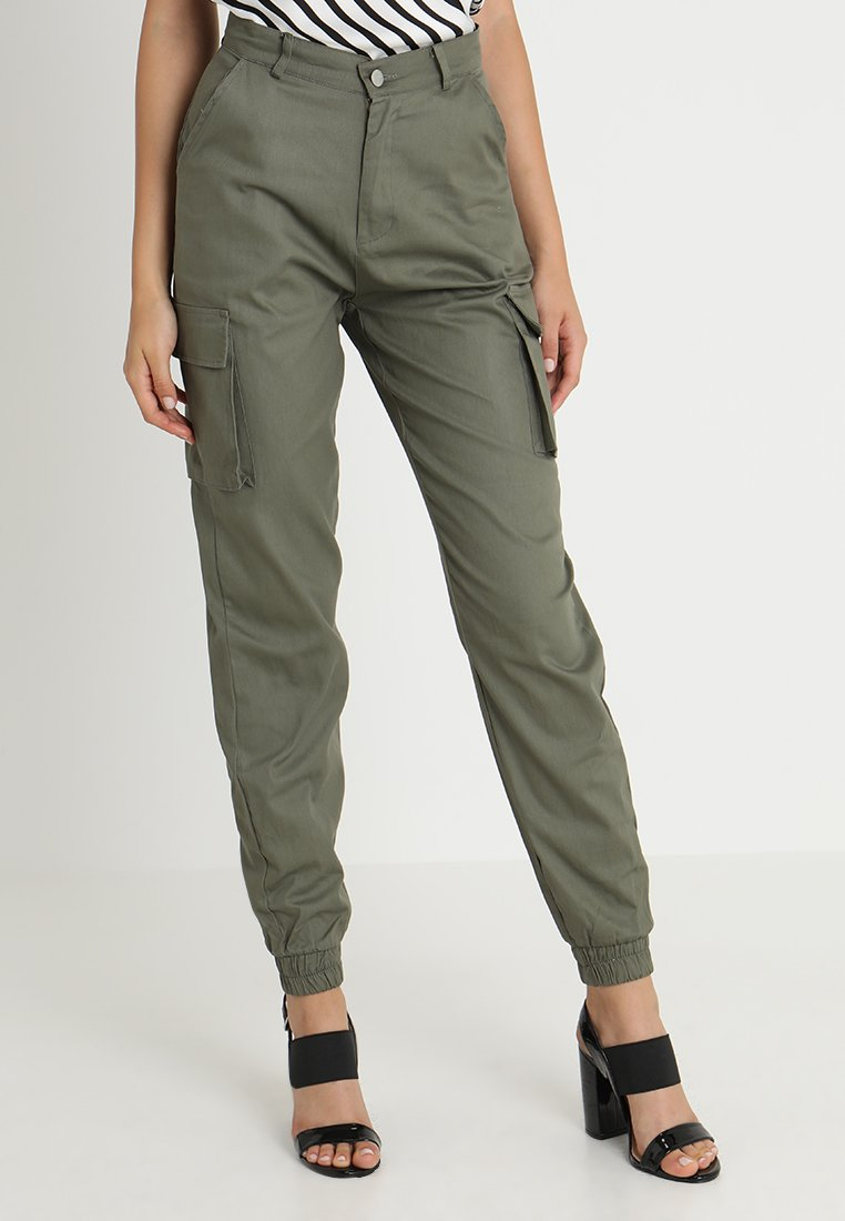 Missguided - PLAIN CARGO TROUSER - Pantalon cargo - khaki