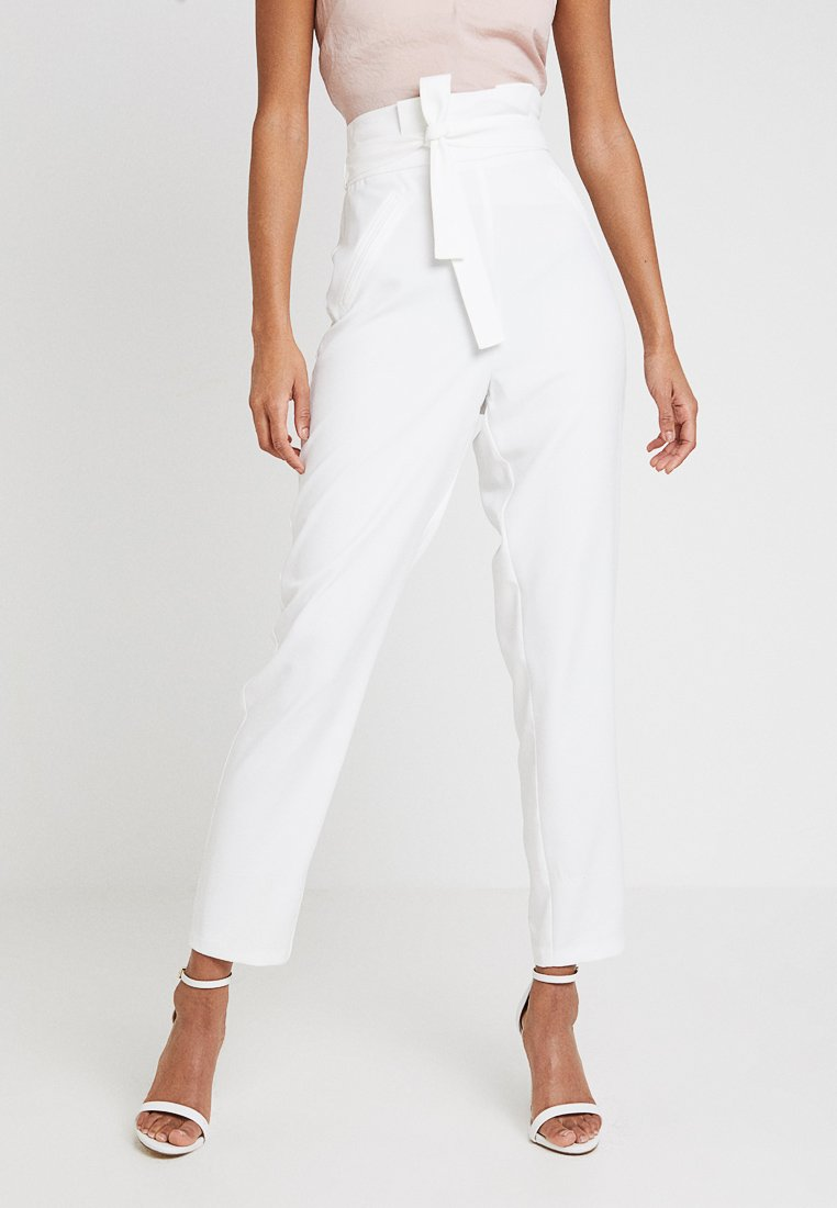 Missguided - BRIDALPAPERBAG WAIST JETTED POCKET DETAILING TROUSER - Trousers - ivory
