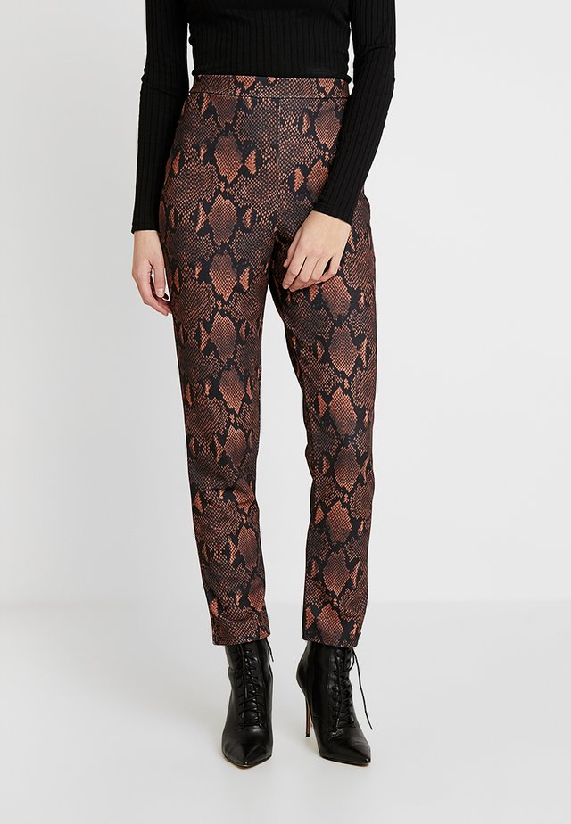 ANIMAL SNAKE PRINT TROUSERS - Trousers - brown